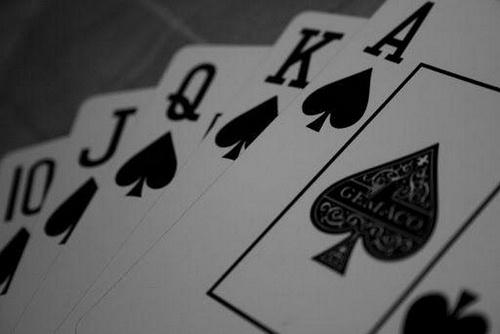 poker razz و استاد هفت کارته چیست و به چیزی گفته می شود؟